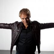 Armin-Van-Buuren-17
